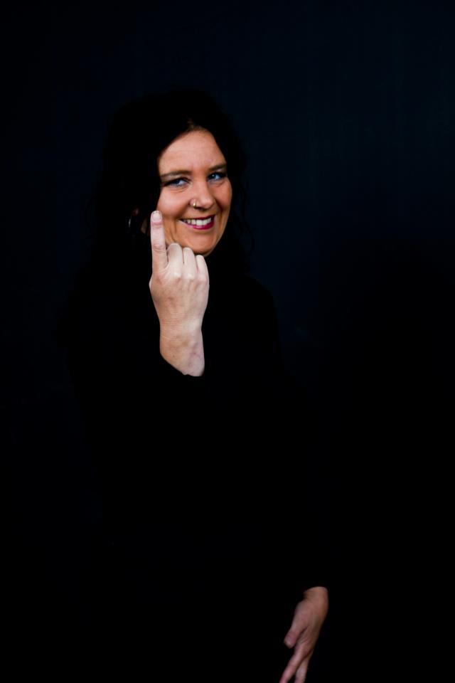 1 finger
